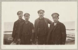 Russiske krigsfanger kommet i land ved Sønderby Klint
