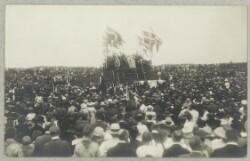Kongefamilien ved genforeningsfesten d. 11. juli 1920 i Dybbøl Skanser