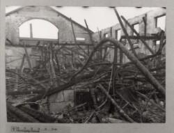 Det indre af Radiofabrikken Always efter eksplosion og brand i Sydhavnen, 17. januar 1944