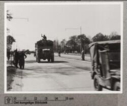 Militærkøretøj på Roskildevej, maj 1945