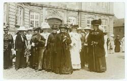 Danske Kvinders Valgretstog d. 5. Juni 1915. Et Brudstykke af Deputationen