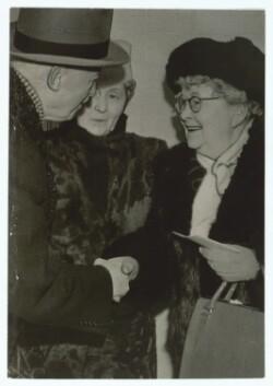 Thit Jensen og hendes søster Anna Arden