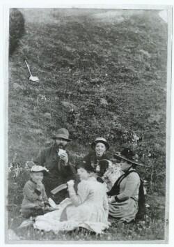 Dyrlæge Hans Jensen med hustru og tre børn