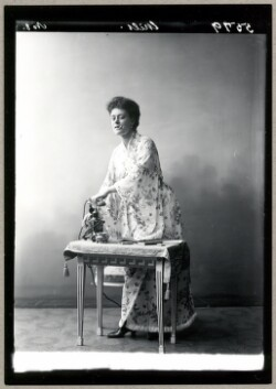 Betty Nansen i En kurre på tråden