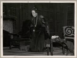 Fru Nansens sidste Kompliment for et Københavnerpublikum i Aftes, 16. Maj 1938