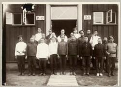 Gruppebillede af menige russiske soldater i Horserødlejren