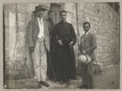 Johannes Jørgensen, Arne Hall Jensen, Jan Ballin og Hubert Messerschmidt i Assisi