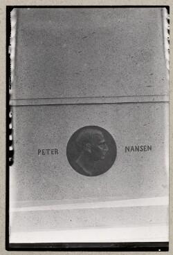 Peter Nansens gravsten på Vestre Kirkegård