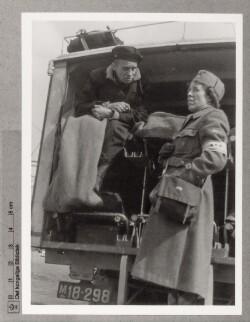 Hjemvendt fange i ambulance, april/maj