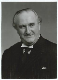 Robert Storm Petersen