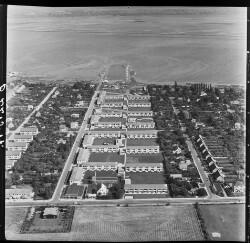 thumbnail: Skråfoto fra 1956 taget 207 meter fra Bavnevej 23