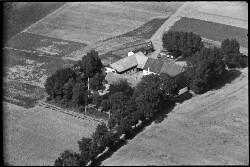 thumbnail: Skråfoto fra 1936-1938 taget 162 meter fra Mellemvangsvej 46