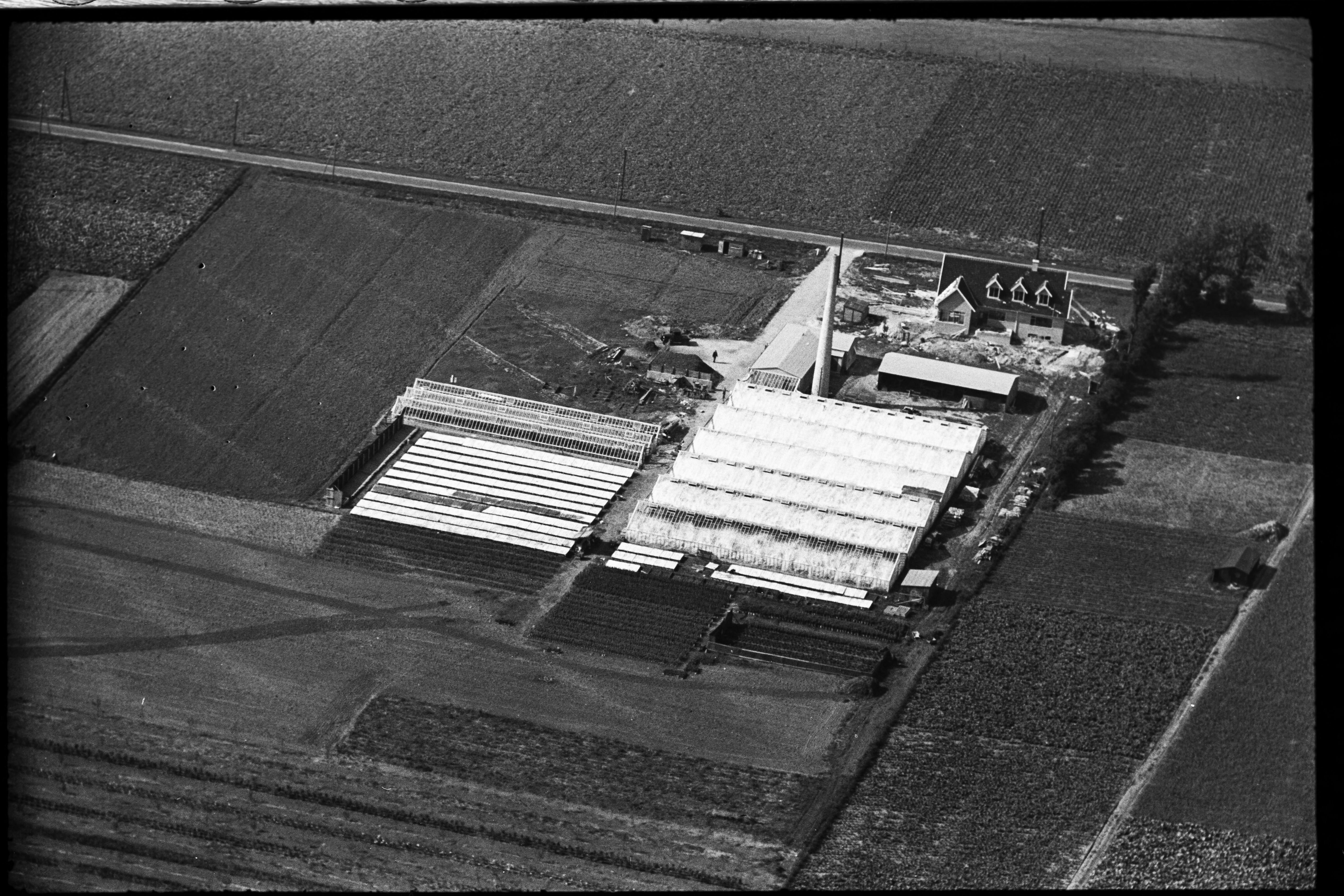Skråfoto fra 1936-1938 taget 102 meter fra Hf. Svarø 90