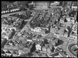 thumbnail: Skråfoto fra 1928-1933 taget 100 meter fra August Bournonvilles Passage 5, 2.