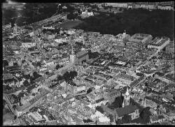 thumbnail: Skråfoto fra 1928-1933 taget 42 meter fra Niels Hemmingsens Gade 20B, 2. 1