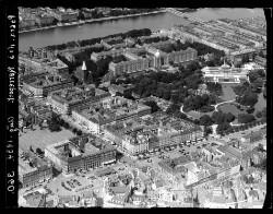 thumbnail: Skråfoto fra 1934 taget 61 meter fra Rosenborggade 19, kl.