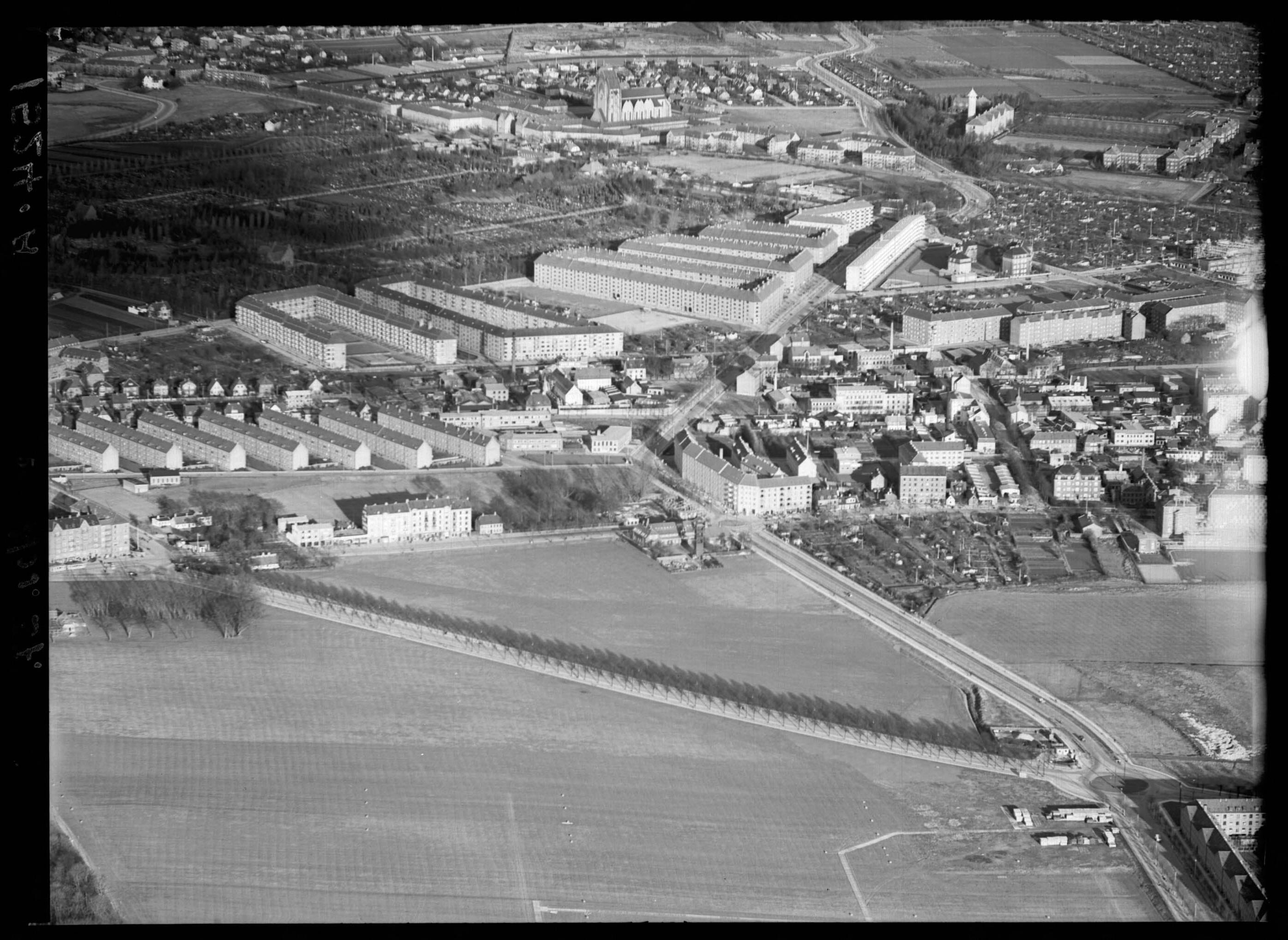 Skråfoto fra 1937 taget 130 meter fra Frederikssundsvej 84A, 3. 1