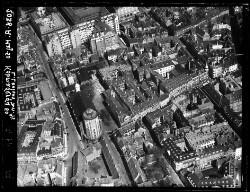 thumbnail: Skråfoto fra 1950 taget 22 meter fra Købmagergade 46A, st.