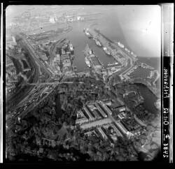 thumbnail: Skråfoto fra 1962 taget 108 meter fra Indiakaj 14A, 1. tv