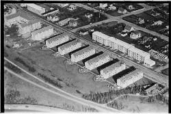 thumbnail: Skråfoto fra 1950-1954 taget 252 meter fra Bjeverskov Alle 60