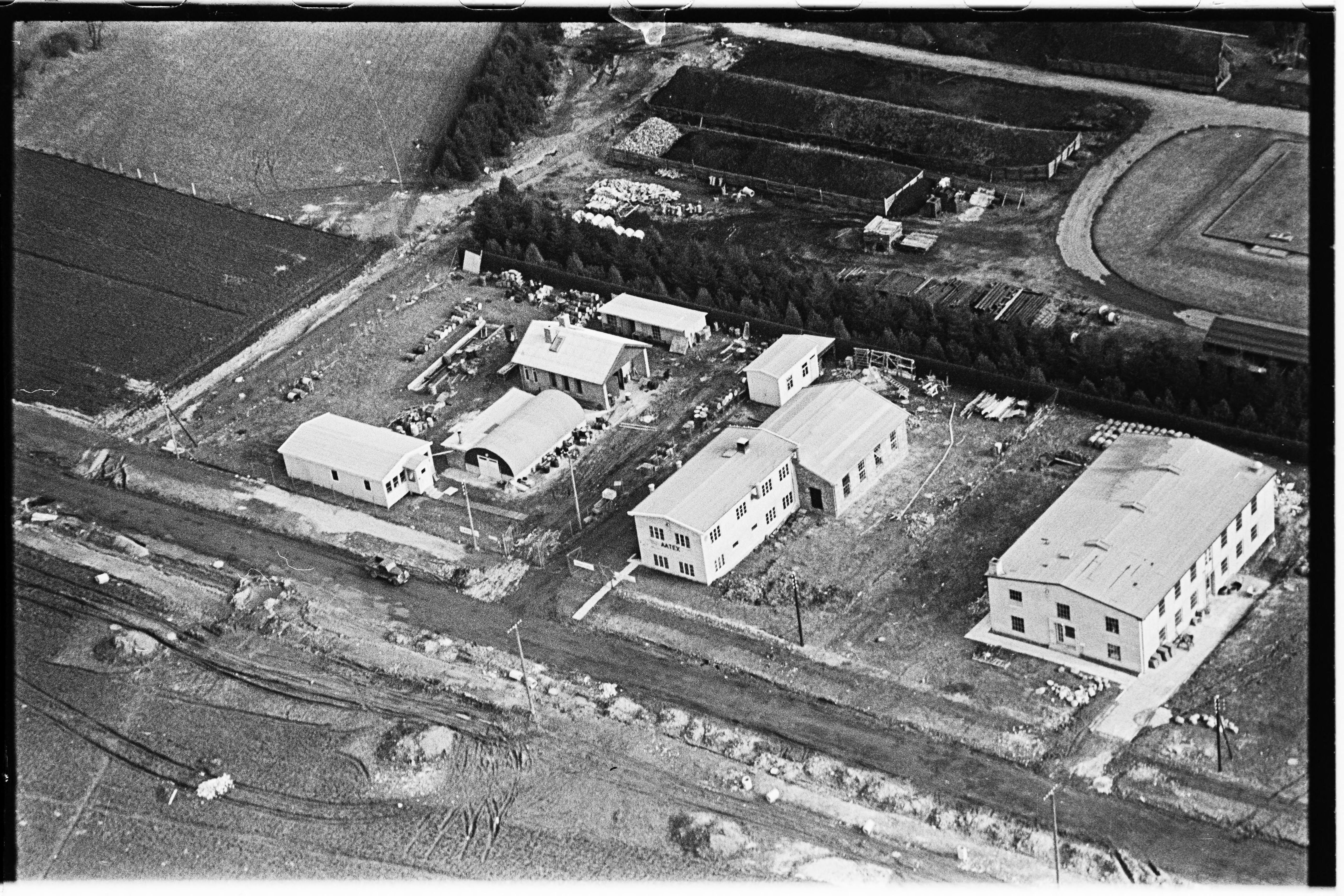 Skråfoto fra 1950-1954 taget 31 meter fra Arnold Nielsens Boulevard 66A, st.