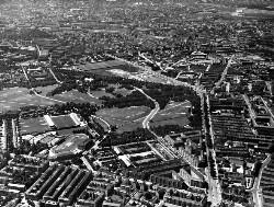 thumbnail: Skråfoto fra 1932-1950 taget 164 meter fra Edel Sauntes Allé 20
