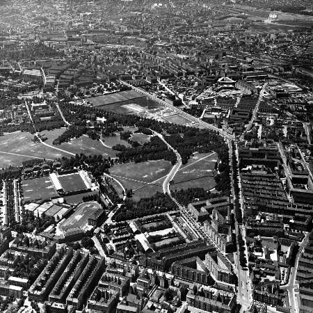 Skråfoto fra 1932-1950 taget 164 meter fra Edel Sauntes Allé 20
